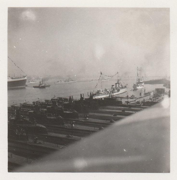 1938 Sommergibili Molo San Vincenzo Napoli Visita Hitler 5.jpg