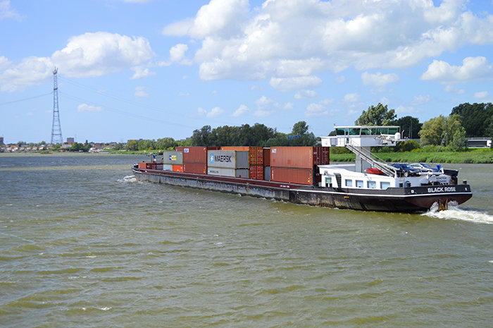 container%20barge%205.jpg