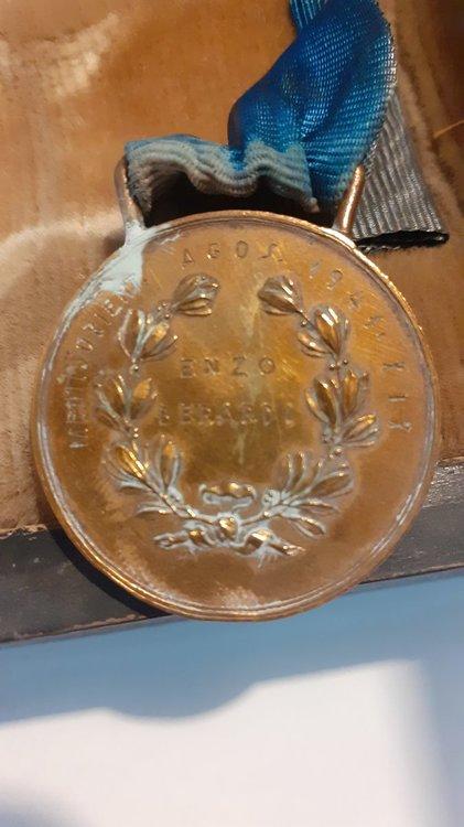 Enzo Berardi medaglia di bronzo agosto 1941.jpg